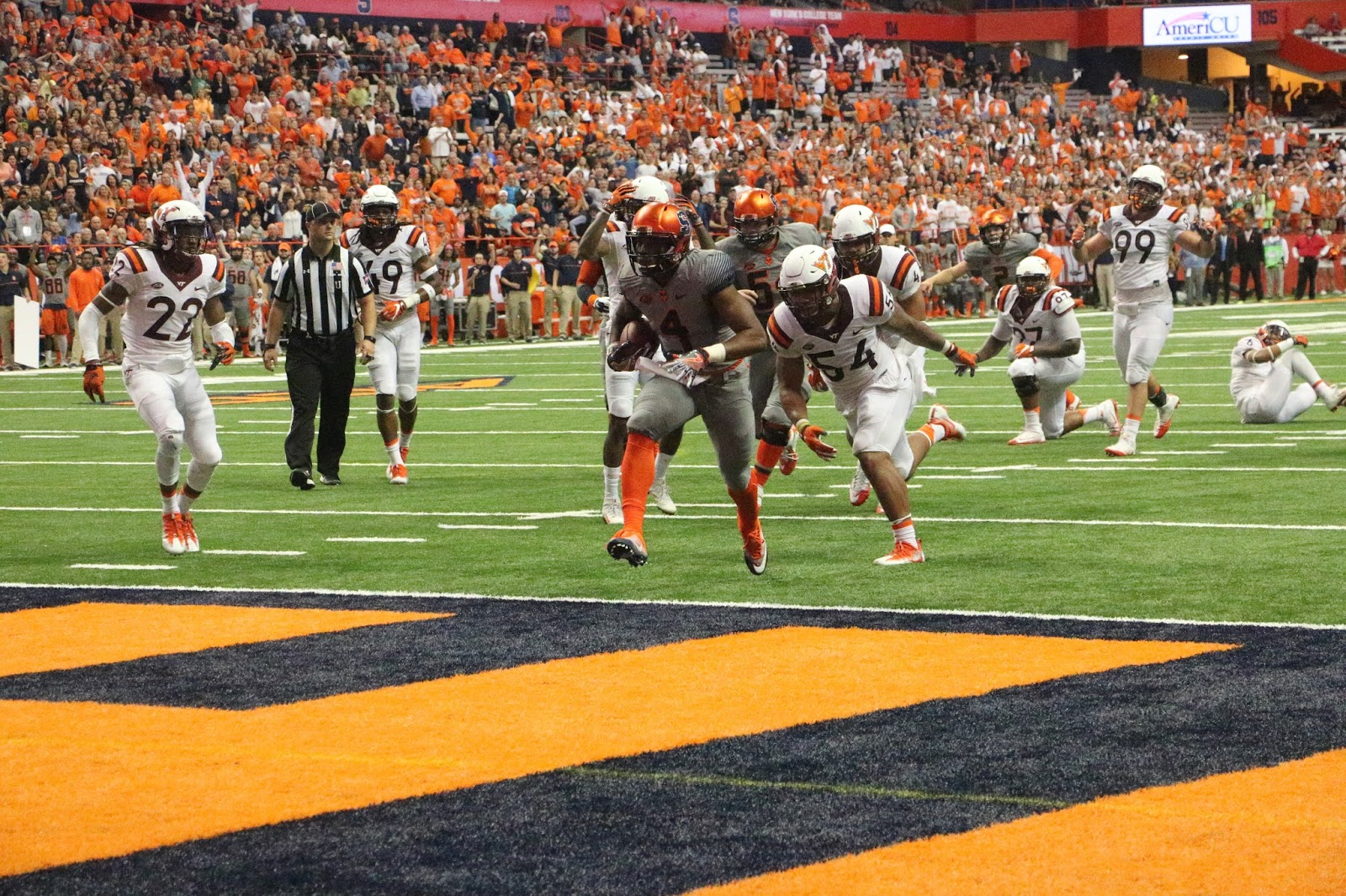 Dungey Delivers In Upset Win Over Virginia Tech