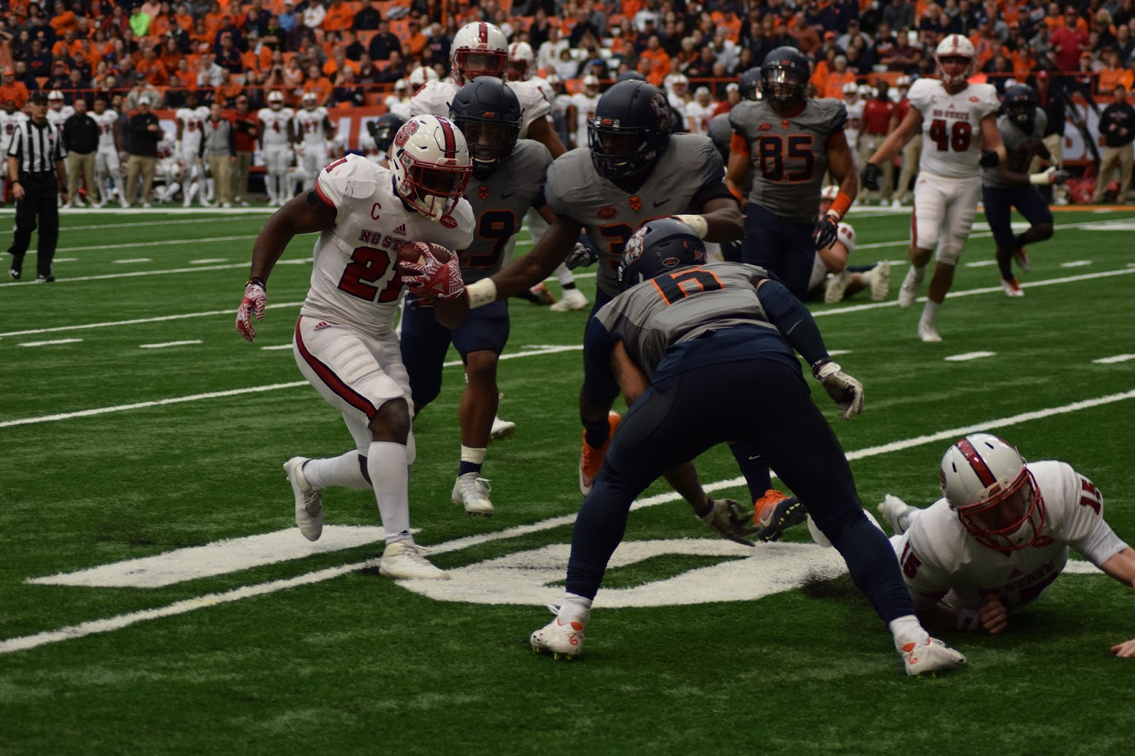 Wolfpack Downs Dungey-less Orange, 35-20