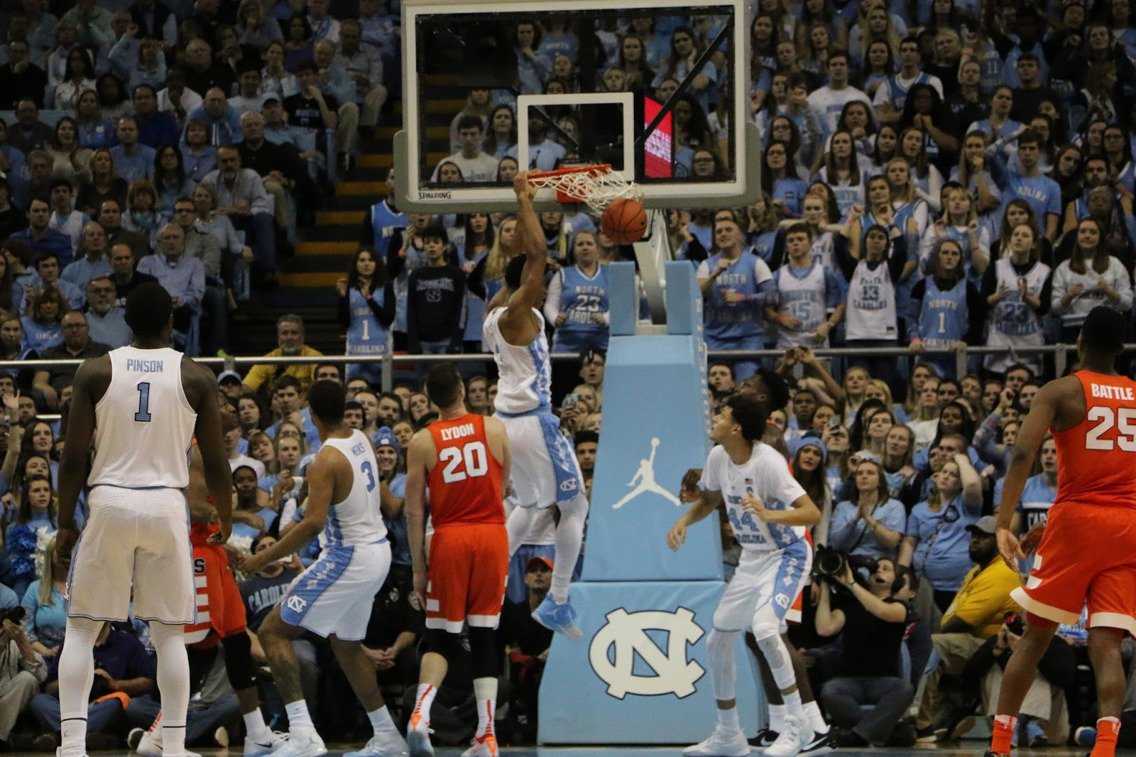 Tar Heels Dominate Boards, Beat Orange 85-68