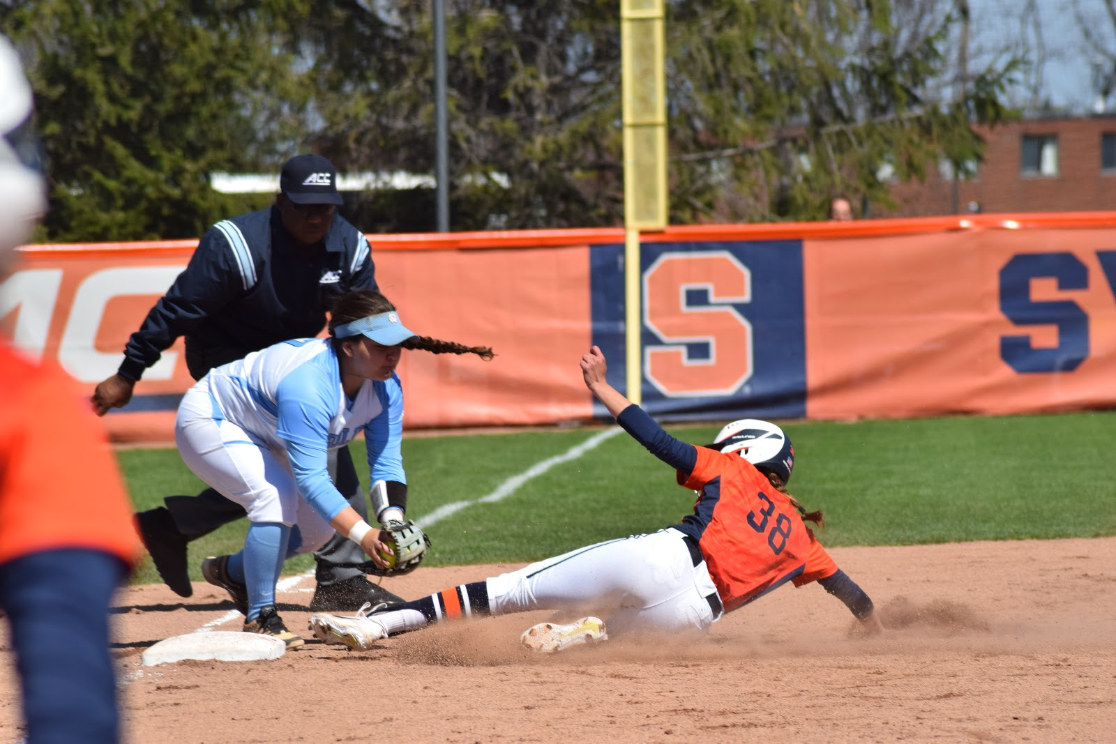 Carolina Edges Orange Softball in Opener, Game Two Called to Catch a Plane