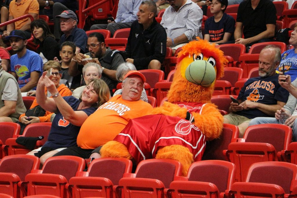 Syracuse falls to No. 2 Kansas in HoopHill Miami Invitational